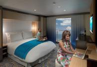Interna con balcone virtuale sul mare